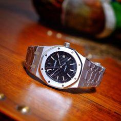 Audemars Piguet Royal Oak 15300ST. Timeless classic. Iconic design on both bezel and bracelet.