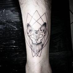 #dkjordao #darkjordao #tattoo #sphynx #cat #solarstudio #blackwork…