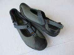 J 41 women shoes size 8.5 M Grey Leather #J41 #BoatShoes #Casual