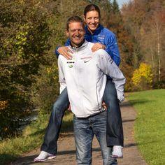 Olympiasiegerin unter der Haube: Im Zoo: Nicola Spirig hat geheiratet | Blick