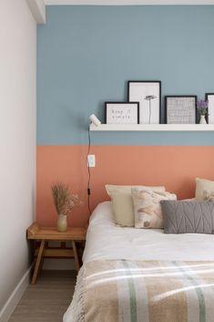 75 Romantic Bedroom Decor Ideas With Plant Theme - Home Decor - Bedroom Deco Rose, Romantic Bedroom Decor, Bedroom Vintage, Vintage Industrial Decor, Industrial Bedroom, Vintage Lighting, Modern Industrial, Vintage Decor, Vintage Style