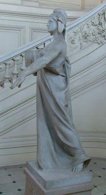 Constant Roux, La République, statue marbre, 1903.Escalier d'honneur, Préfecture des Bouches-du-Rhône, Marseille 6e arrondissemen
