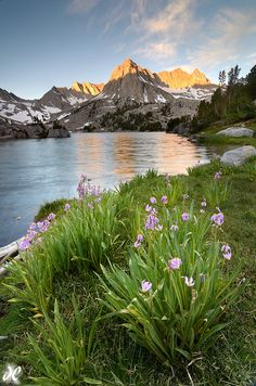 Mount Darwin, Eastern Sierras' Sabrina Basin, Bishop Creek Recreation Area, CA.  Photo: Joshua Cripps via Flickr