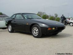 Porsche 924 , i used to have one of these ! they drive great and are lots of fun !!!!!!!!!!