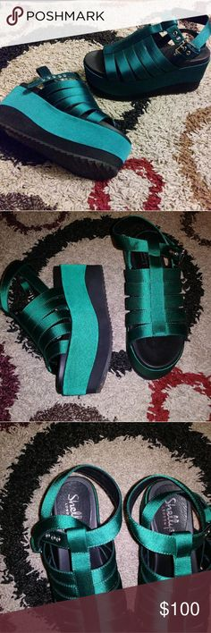 SHELLYS LONDON Satin Green Flatform Sandals 6 SUPER CUTE!!! SUPER COMFY! Gorgeous vibrant, forest green shade. Worn once....fall coming up so no need to keep these! Shellys London Shoes Sandals