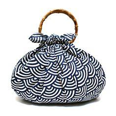 Japanese Furoshiki Folding Wrapping Cloth Bag Fabric Gift ... Japanese Textiles, Japanese Fabric, Furoshiki, Style Japonais, Fabric Gifts, Cloth Bags, Textile Art, Wraps, Gift Wrapping