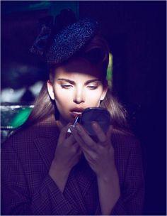 Dramatic Neon Sign Editorials : Stiletto Magazine 'Lost in Paris'