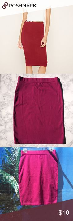 Stretch Pencil Skirt NWOT Cranberry pencil skirt, stretch Knit with elasticized waist. Get this Skirt free with purchase of another Skirt will also fit Large.    ✅ will bundle  ✅ all reasonable offers will be considered  ✅ No Trading  Poshmark rules only‼️ Measurements taken laying flat                            Ⓜlength 21 plus stretch  Ⓜ️waist 14 plus stretch Forever 21 Skirts Midi