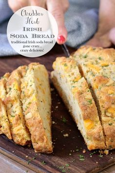 This unique, delicious Cheddar Herb Savory Irish Soda Bread goes well with soups, salads and just about any entree and comes together in well under an hour. Source by cafesucrefarine soda bread Cheddar, Traditional Irish Soda Bread, Irish Recipes, How To Make Bread, Sweet Bread, Food And Drink, Yummy Food, Healthy Food, Tasty
