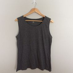 Land's End Tank Top This is a plain gray tank top that is in great condition. If you have any questions please let me know  Lands' End Tops Tank Tops
