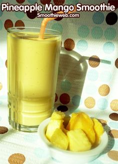 Smoothie Web - Over 500 Smoothie Recipes : Healthy Fruit Vegetable Smoothies vegtable smoothies Mango Smoothies, Mango Pineapple Smoothie, Mango Smoothie Recipes, Yummy Smoothies, Juice Smoothie, Smoothie Drinks, Protein Smoothies, Nutribullet Recipes, Refreshing Drinks