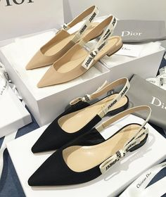 We are an Amsterdam based company which sells vintage luxury designer bags and accessories from brands like Chanel, Louis Vuitton and Gucci. Cute Flats, Cute Shoes, Me Too Shoes, Shoes Sneakers, Shoes Heels, Slingback Flats, Dream Shoes, Shoe Collection, Slip On Shoes