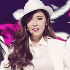 Jessica Jung SNSD Girls' Generation Mr Mr Goodbye GIF
