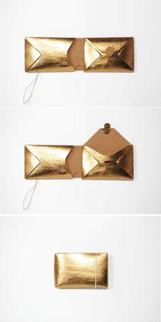 Golden mini origami wallet made of vegan leather, tearproof + washable. Small, light, minimalist, ve Origami Wallet, Diy Wallet, Diy Origami, Purse Wallet, Origami Techniques, Vegan Wallet, Gold Purses, Mini Purse, Leather Design
