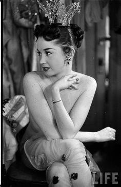 Showgirl Dale Strong, LIFE magazine, 1952