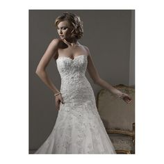 Glistening Strapless A-line Lace Wedding Dress