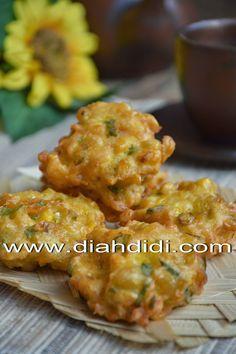 Diah Didi's Kitchen: Perkedel Jagung Udang Menul Menul