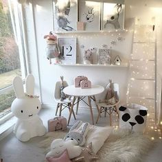 Ustvariti svojim malčkom topel, pravljičen in šik kotiček. #MaliZakladi #Miffy #mrsmighetto #mrsmaria #bloomingville #blomingvillemini #nursery #furniture #babydecor #babyroom