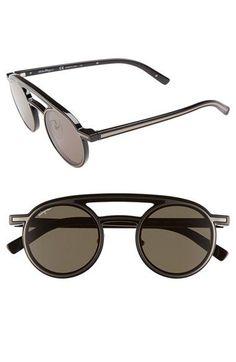 a72a6c305c139 Salvatore Ferragamo  Runway  Round Sunglasses