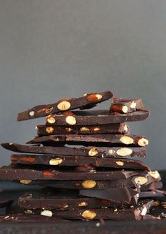 Dark chocolate almond bars