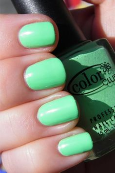 Bright summer nails $24.99!! rayban sunglasses is on sade! www.glasses-max.com