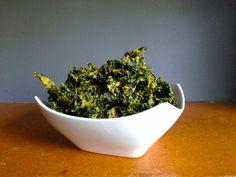 Spicy Nacho Kale Chips - Raw Vegan Recipe