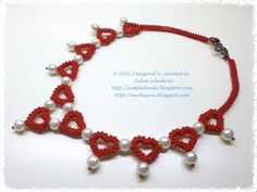 The 'Pearls among hearts' beaded necklace, a nice necklace for Valentine's Day. Free detailed tutorial.