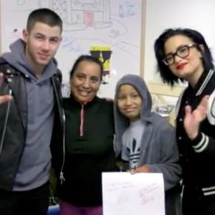 Nick Jonas And Demi Lovato Put On A Mini-Concert At A Children's Hospital