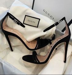 Dr Shoes, Hype Shoes, Gucci Shoes, Me Too Shoes, Designer Shoes Heels, Shoes Sandals, Heeled Sandals, Strappy Heels, Fashion Heels