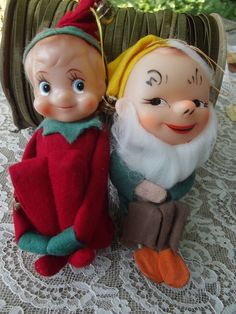 2 VINTAGE PIXIE ELF ELVES SHELF SITTERS KNEE HUGGERS JAPAN CHRISTMAS ORNAMENTS