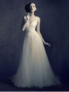Lusan Mandongus wedding dress ,The Cotswold Frock Shop wedding dresses