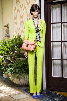 Neon colours Moschino resort #moda #fashion #Moschino