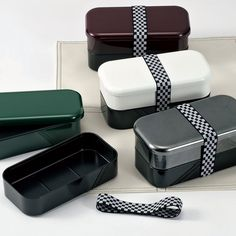 UNITE 2-tiered Lunch Box $33. http://www.lunchaporter.com/products/UNITE-2%252dtiered-Lunch-Box.html