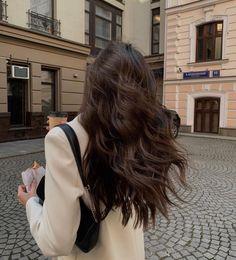 Brunette Aesthetic, Aesthetic Hair, Hair Inspo, Hair Inspiration, Dream Hair, Brown Hair Colors, Brunette Hair, Gorgeous Hair, Dark Hair