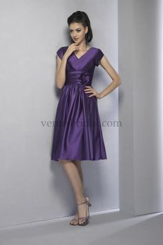 Cute Prom Dresses With Sleeves - http://rainbowplanetproject.com/cute-prom-dresses-with-sleeves/