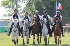 L'équipe de France de pony-games est sacrée vice-championne d'Europe en Irlande le jour du 14 juillet ! www.chevalmag.com
