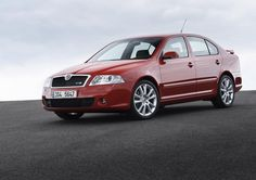 Skoda Octavia RS Photos and Specs. Photo: Octavia RS Skoda spec and 20 perfect photos of Skoda Octavia RS Volkswagen Group, Perfect Photo, Cool Cars, Vehicles, Classic, Pictures, Photos, Specs, Planes