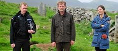 Sandy Wilson (Steven Robertson), Jimmy Perez (Douglas Henshall) och Alison MacIntosh (Alison O'Donnell) i serien Shetland. Douglas Henshall, Murder Mysteries, Book Tv, British Actors, Authors, Famous People, Actors & Actresses, Movie Tv, Theatre