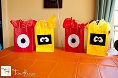 Yo Gabba Gabba giftbags! Took 1,000 years to make but they looked amazing    www.mysimplyperfectblog.com