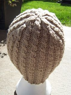 Just Knitting : Ribbed or Cabled Hat Pattern