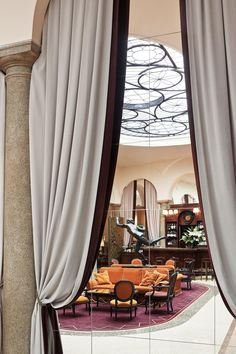Grand Hotel et de Milan - Hotel 5 stelle lusso Milano -Official Website Milan Hotel, Drapery Fabric, Grand Hotel, Living Room Interior, New Homes, Hotels, Interior Design, Luxury, Architecture