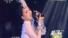 Chinese singer's lip-synching exposed when she held mic upside down http://ift.tt/21ndCnL  The first rule of performing live is to never get caught lip-synching.  Chinese folk singer Sa Dingding found herself in an extremely embarrassing situation on national TV when she held her mic upside down during a live performance at the Lantern Festival Gala in China.  Sa was quick enough to realise her mistake and (impressively) flipped the mic back onto its right side. She even gave the audience a…