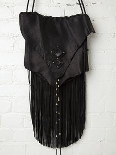 Three Arrows Leather Raven's Eye Bag http://www.freepeople.com/whats-new/raven-s-eye-bag/