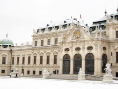 The Winter Palace of Prince Eugene | Vienna Austria  Snow stop and whole place is white calm and silent  enjoy the moment #travel #travelphotography #europe #austria #vienna #winterpalaceofprinceeugene #winter #limkimkeong #limkimkeong_europe #limkimkeong_austria #旅行 #欧洲 #奥地利 #维也纳 #冬