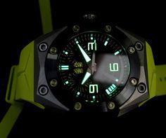 Oktopus Titanium Yellow Linde Werdelin часы - реклама