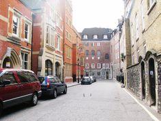 London - Laura Clarke Photos