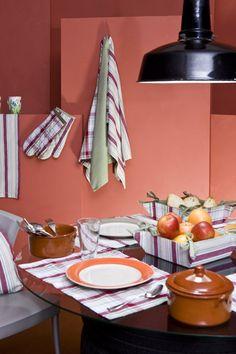 Renueva tu cocina al mejor precio: http://www.lamallorquina.es/es/4-MESA-Y-COCINA