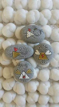 Crafting Christmas Angels - Plus de 20 idées de bricolage - Artisanat de Noël - Protéger . Stone Crafts, Rock Crafts, Diy And Crafts, Arts And Crafts, Summer Crafts, Fall Crafts, Easter Crafts, Decor Crafts, Pebble Painting