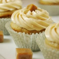 Salted Caramel Cupcakes by TheKitchenPlayground