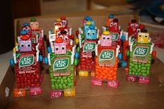 Robot favors -- Nuts & Bolts about you - Roboterbevo. Robot favors — Nuts & Bolts about you – Roboterbevo…, Valentine Gifts For Kids, Valentines Diy, Valentines Robots, Birthday Treats, Boy Birthday, Pokemon Lego, Transformers Birthday Parties, Transformer Birthday, Candy Crafts